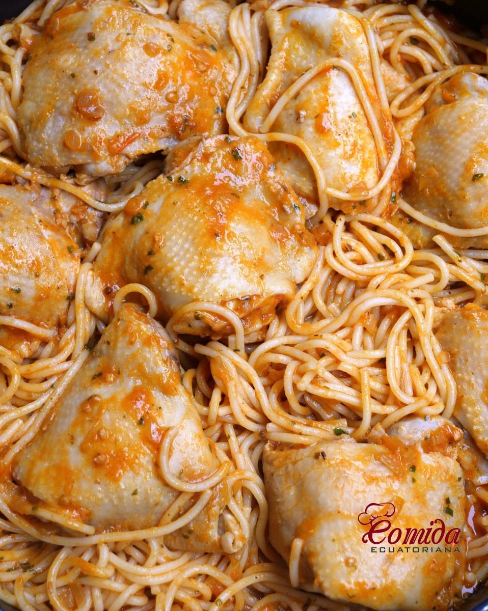 Receta para preparar pastas o tallarines con pollo